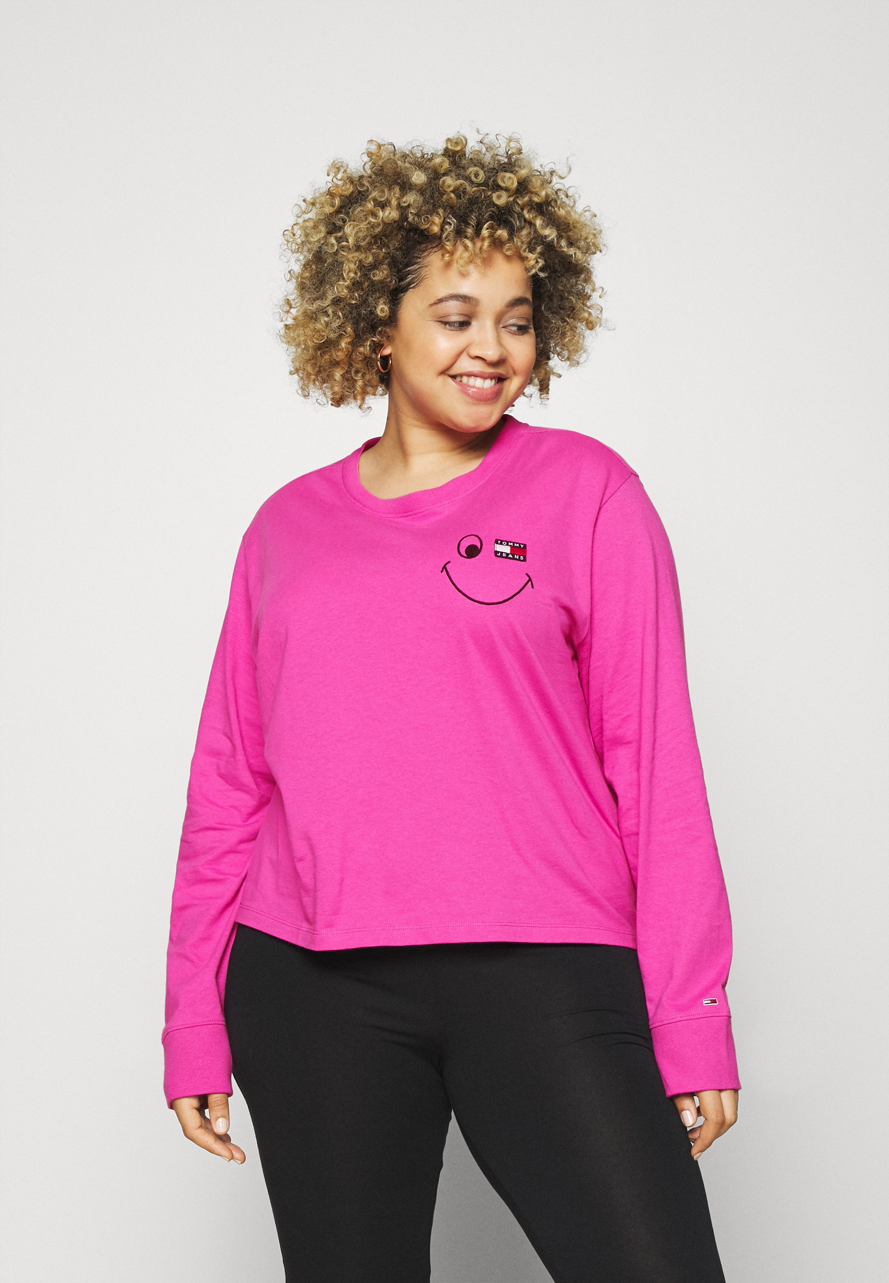 Women TOMMY CENTER BADGE TEE - Long sleeved top