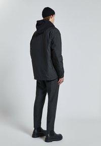 PULL&BEAR - Light jacket - black - 2