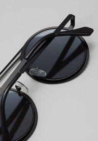 Urban Classics - CHAIN SUNGLASSES - Sluneční brýle - silver mirror/black - 2