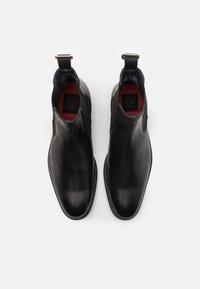 Shelby & Sons - SAMUEL BOOT - Kotníkové boty - black - 3