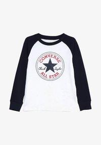 Converse - CHUCK PATCH RAGLAN  - Bluzka z długim rękawem - white - 3