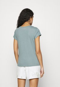 Abercrombie & Fitch - CREW 3 PACK - Jednoduché triko - pink/teal/white - 2