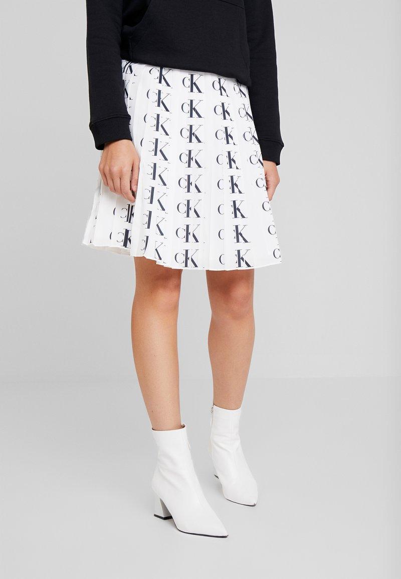 Calvin Klein Jeans - PLEATED SKIRT - A-line skirt - white/black