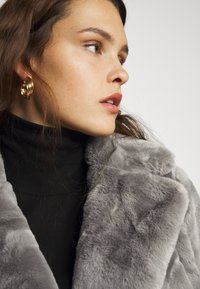 New Look Curves - WILLOW ECOM - Winter coat - dark grey - 4