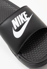 Nike Sportswear - BENASSI JDI - Klapki - black/white - 2