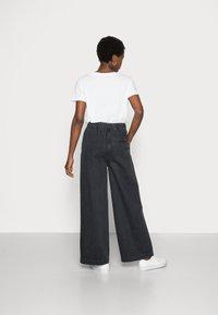 Samsøe Samsøe - GIANA TROUSERS - Relaxed fit jeans - black snow - 2