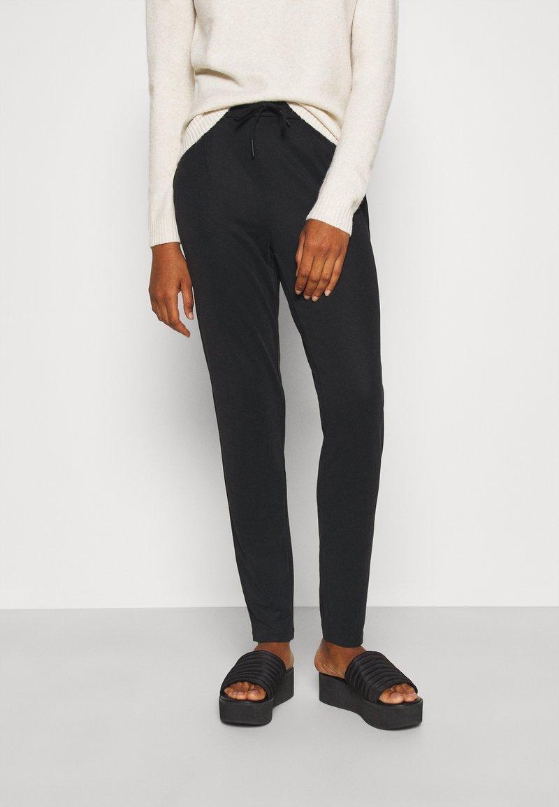 Vero Moda Tall - VMEVA LOOSE STRING SOFT PANT  - Trousers - black