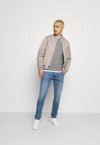 Lee - LUKE - Slim fit jeans - visual cody - 1