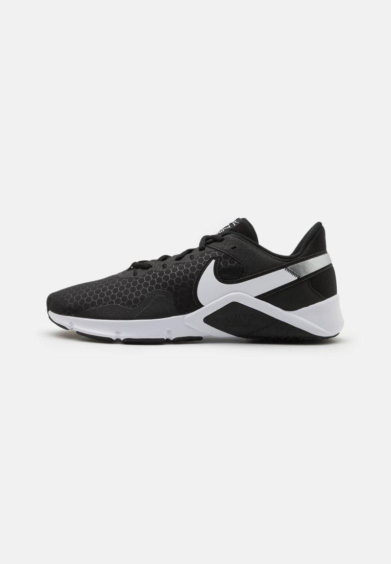 Nike Performance - LEGEND ESSENTIAL 2 - Zapatillas de entrenamiento - black/white/anthracite