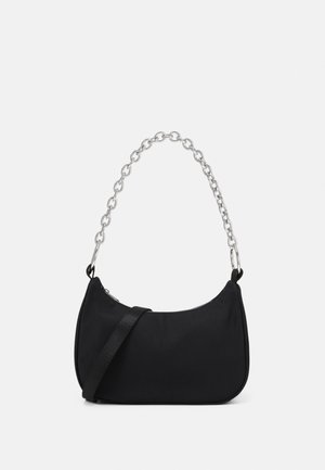 CHAIN HANDBAG - Borsa a mano - black