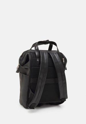 BACKPACK REGULAR SIZE UNISEX - Plecak - black