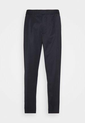 WALTER - Pantalon classique - baltic