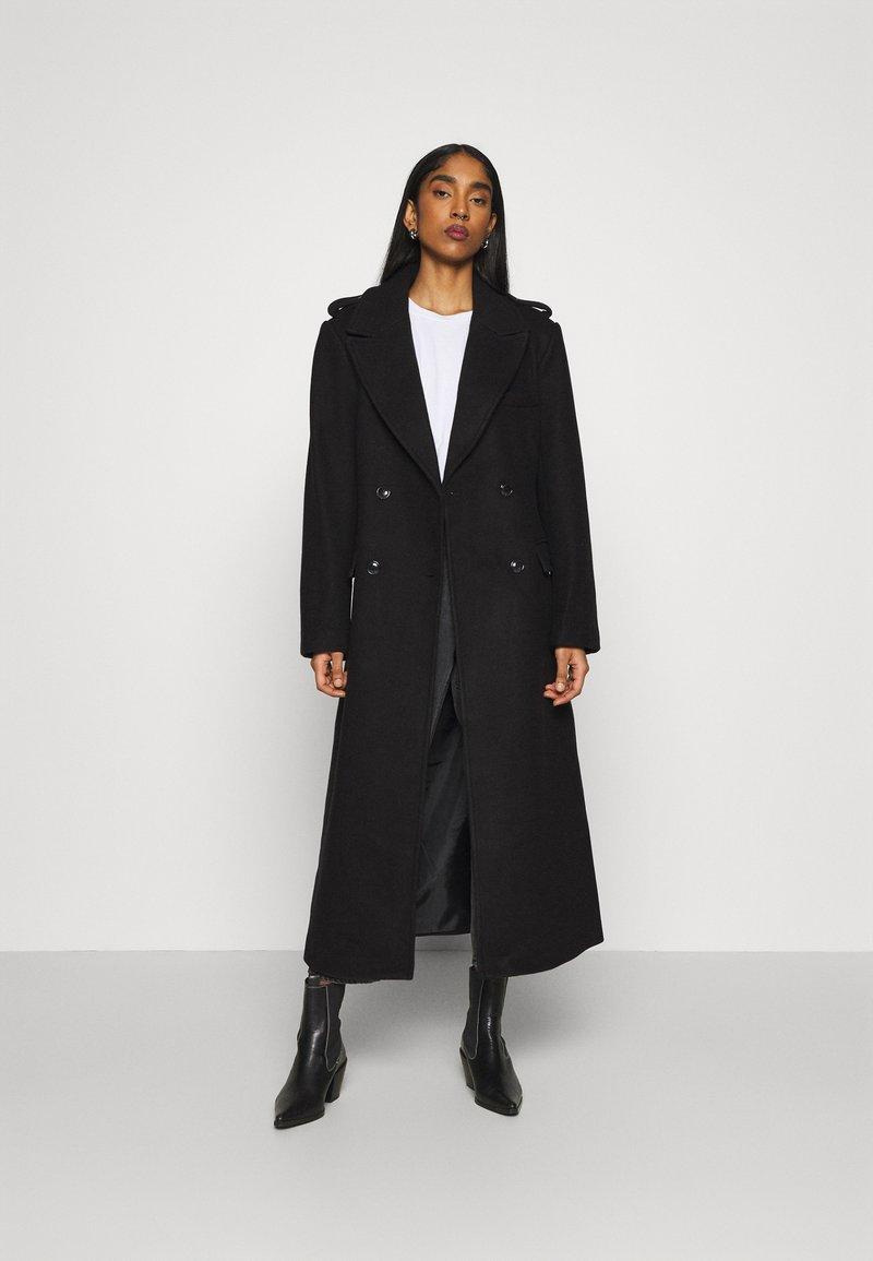 NA-KD - MATHILDE GØHLER BLEND COAT - Klasický kabát - black