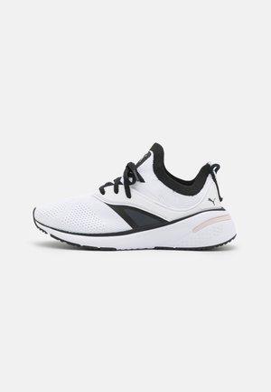 FOREVER XT  - Sportovní boty - white/black/lotus