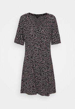 WINONA DRESS - Denní šaty - black