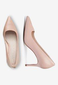 Next - BLACK SUEDE COURT SHOES - High heels - beige - 2