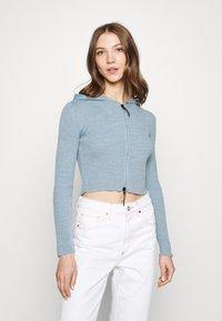 BDG Urban Outfitters - CROPPED ZIP HOODIE - Zip-up sweatshirt - baby blue - 0