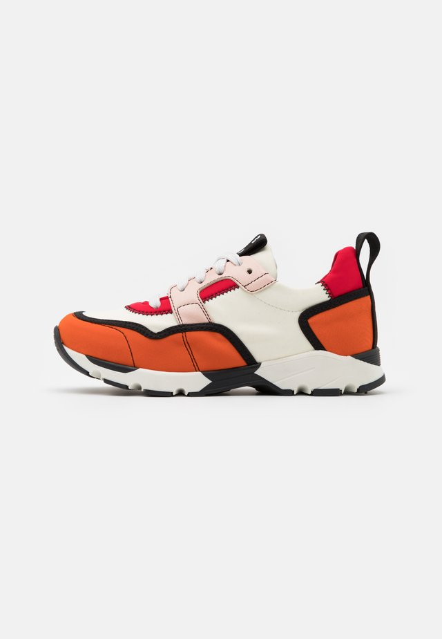 Sneaker low - orange/white