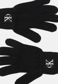Calvin Klein Jeans - MODERN ESSENTIALS GLOVES UNISEX - Rukavice - black - 1