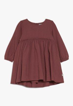 DRESS MAGDA BABY - Cocktailkjoler / festkjoler - dark rouge