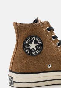 Converse - CHUCK TAYLOR ALL STAR 70 UNISEX - Baskets montantes - clove brown/black/egret - 5