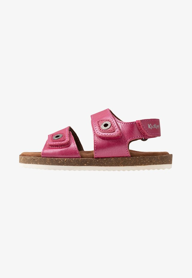 FIRST - Sandals - rose