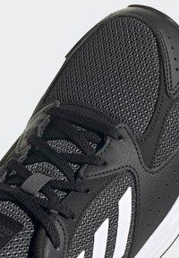 adidas Performance - RESPONSE RUN - Zapatillas de running neutras - core black/ftwr white/grey six - 8