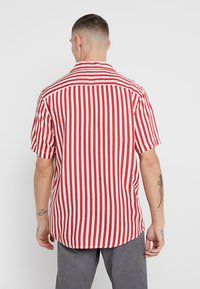 Only & Sons - ONSWAYNE LIFE - Shirt - cranberry - 2