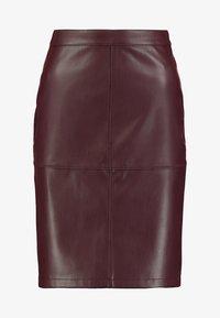 VIPEN - Blyantnederdel / pencil skirts - winetasting