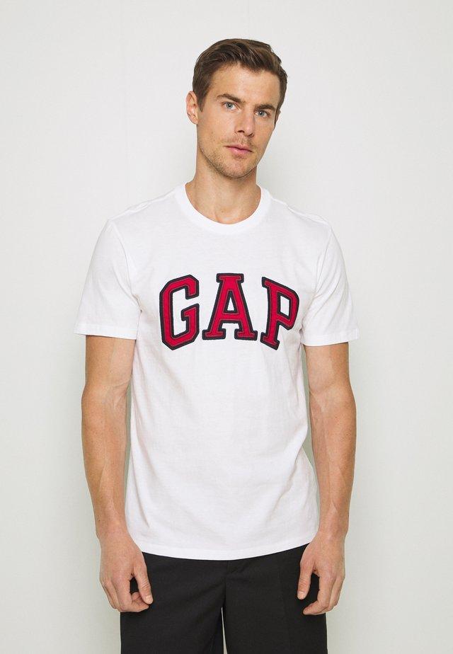 BAS ARCH - T-shirt z nadrukiem - white