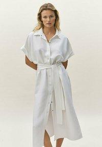 Massimo Dutti - Robe chemise - white - 1