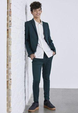 Trousers - hunter green