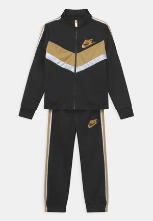 GO FOR GOLD TRICOT SET - Treningsjakke - black