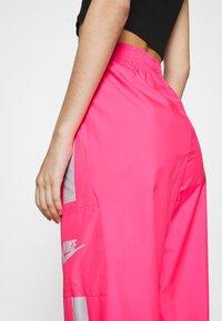Nike Sportswear - PANT  - Pantalon de survêtement - hyper pink/white - 5
