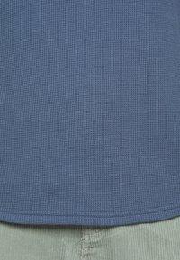 Club Monaco - SHORT SLEEVE - T-shirt - bas - wisteria - 6