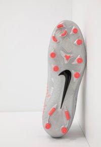 Nike Performance - PHANTOM VISION 2 ACADEMY DF FG/MG - Moulded stud football boots - metallic bomber grey/black/particle grey - 4