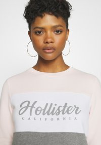 Hollister Co. - FASHION CREW - Sweatshirt - pink/white/grey - 4