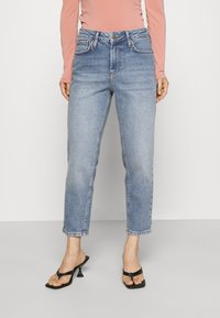 YAS Petite - YASZEO GIRLFRIEND - Relaxed fit jeans - light blue - 0