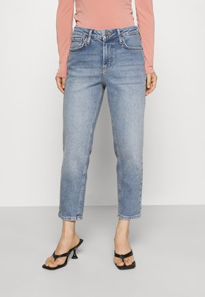 YASZEO GIRLFRIEND - Relaxed fit jeans - light blue
