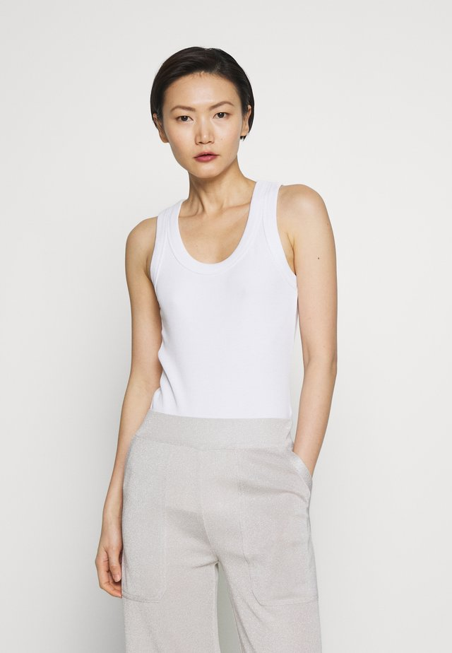 DIFINE - Top - white