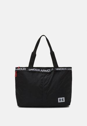 ESSENTIALS TOTE - Treningsbag - black