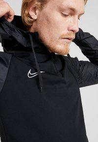 Nike Performance - DRY WINTERIZED - Bluzka z długim rękawem - black/reflective silver - 3