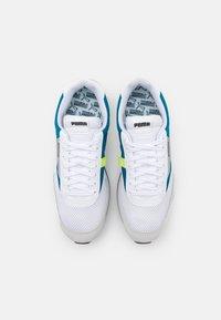 Puma - FUTURE RIDER GALAXY UNISEX - Sneakersy niskie - white/digital blue - 5