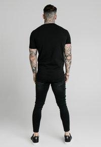 SIKSILK - T-shirt basic - black - 2