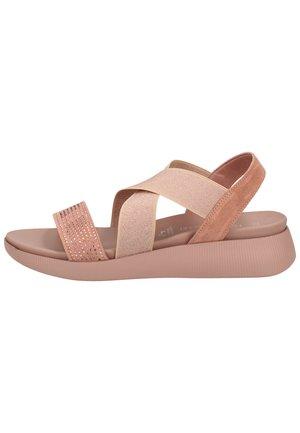 Sandalen met plateauzool - rose comb 596