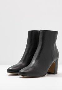 Bianca Di - Classic ankle boots - nero - 4