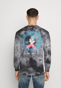 Primitive - ENERGY WASHED - Sweatshirt - black - 2