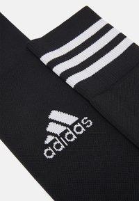 adidas Performance - ADI 21 SOCK UNISEX - Polvisukat - black/white - 2
