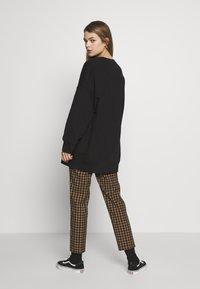 Monki - BEATA - Sweatshirt - black - 2