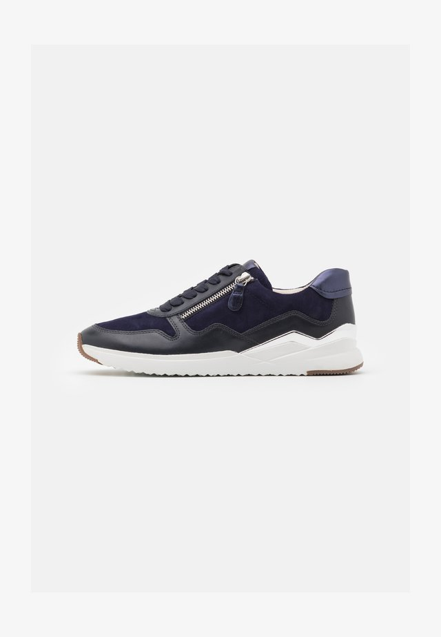 Sneakers laag - midnight/bluette